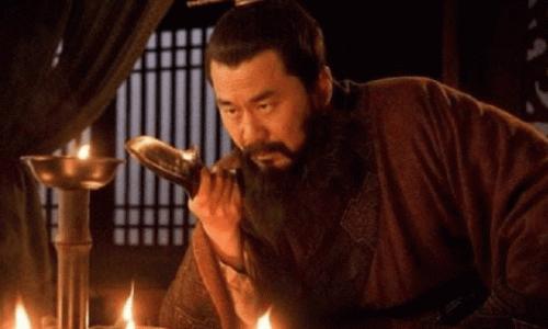 曹操将7个女儿都嫁给汉献帝刘协,背后有何阴谋?